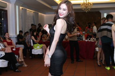 Loat my nhan Viet bi nghi 'don mong' du vong 3 cang day - Anh 15