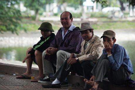 Nguoi Ha Noi phan khich don gio lanh dau mua - Anh 11