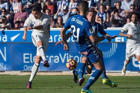 5 diem nhan sau tran thang cua Real: Ronaldo nao co khung hoang - Anh 4