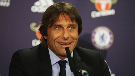 Conte canh bao Sir Alex: Dung voi xem thuong Chelsea! - Anh 1