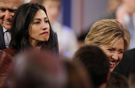 Chum anh nu tro ly xinh dep cua ba Hillary Clinton - Anh 13