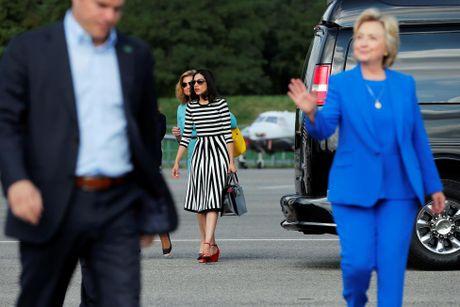 Chum anh nu tro ly xinh dep cua ba Hillary Clinton - Anh 4