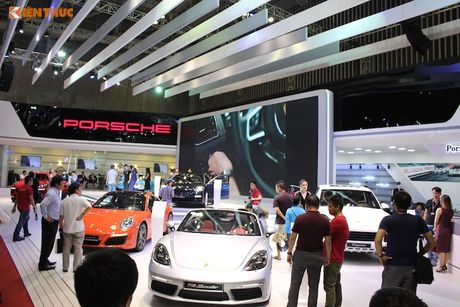 'Soi' dan sieu xe Porsche gan 40 ty tai trien lam VIMS 2016 - Anh 8