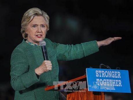 FBI chua co giay phep dieu tra vu be boi thu dien tu cua ba Clinton - Anh 1