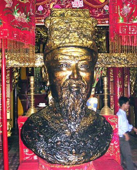 Danh tuong cai lenh vua de tranh doi dau ban tren chien truong - Anh 2