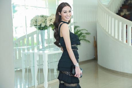 Khanh My dien vay xep lop an tuong di su kien - Anh 3