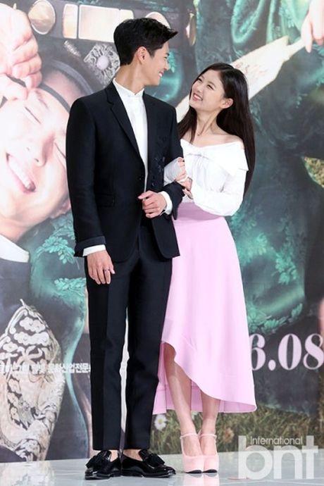 Kim Yoo Jung: 'Yeu the tu Lee Young, khong yeu Park Bo Gum' - Anh 2