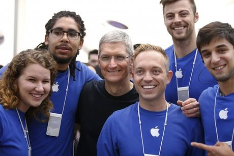 Apple 'that lung buoc bung' trong viec tuyen nhan su moi - Anh 1