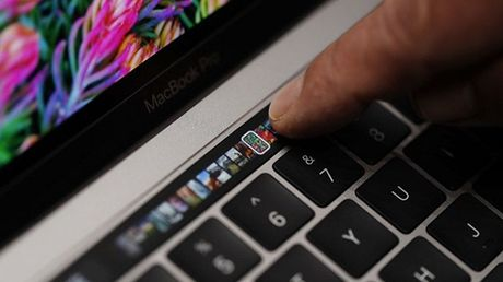 Microsoft Office lam viec voi tinh nang Touch Bar se nhu the nao - Anh 1