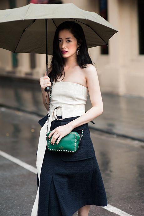 Dien vien Mai Thanh Ha dien trang phuc bo sat, khoe duong cong - Anh 1