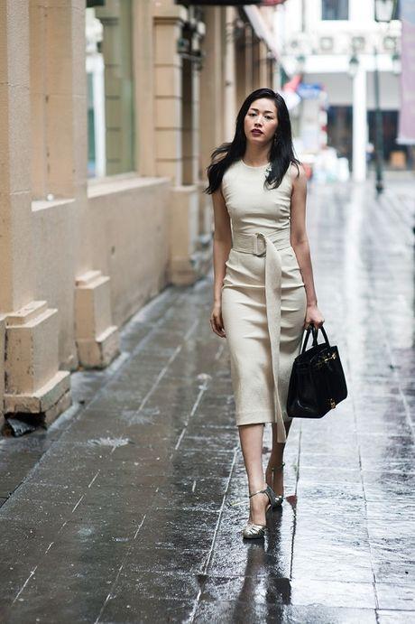 Dien vien Mai Thanh Ha dien trang phuc bo sat, khoe duong cong - Anh 8
