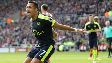 Arsenal, Liverpool thang hoa: Muon vo dich, phai nhu the - Anh 1