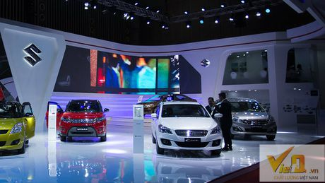 Ngam dan o to long lanh tai trien lam Vietnam International Motor Show 2016-P2 - Anh 3
