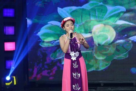 Cam Ly xuc dong trong dem gala chia tay 'Nguoi hung ti hon' mua 2 - Anh 16