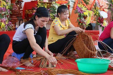 Ve tham lang nghe co te Phu Tuc gan trung tam Ha Noi - Anh 1