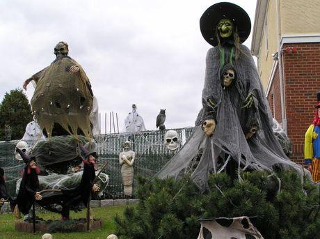 "Nhung tro ""nghich dai"" ngay Halloween - Anh 1"
