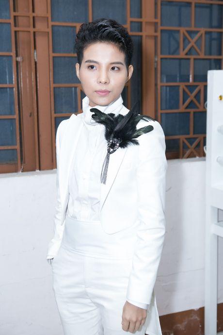 "Vu Cat Tuong: ""Thuy Binh khien toi cam thay tu hao"" - Anh 3"