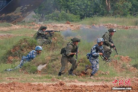 Nga dung Binh phap Ton Tu dau My, NATO - Anh 2