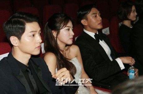 Song Hye Kyo dang hen ho voi Song Joong Ki hay Yoo Ah In? - Anh 16