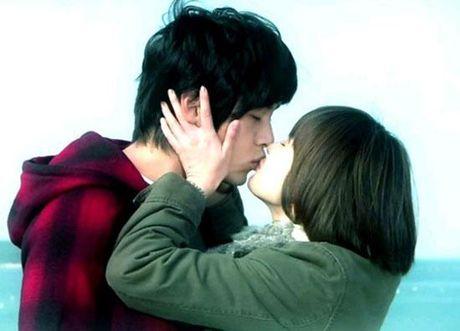 Song Hye Kyo dang hen ho voi Song Joong Ki hay Yoo Ah In? - Anh 4