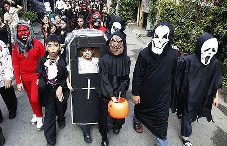 Halloween va nhung dem hoi kinh hoang nhat the gioi - Anh 8