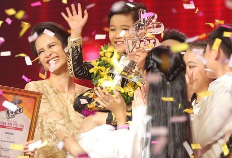 Nhat Minh - hoc tro Dong Nhi dang quang quan quan Giong hat Viet nhi 2016 - Anh 1