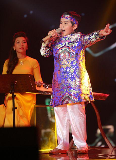 Nhat Minh - hoc tro Dong Nhi dang quang quan quan Giong hat Viet nhi 2016 - Anh 4