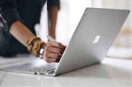 MacBook Pro va Surface Book, nen chon san pham nao? - Anh 2