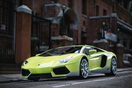 Lamborghini ra mat Aventador ban dac biet - Anh 7