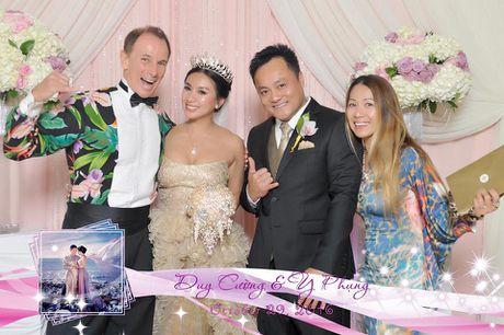 Y Phung hanh phuc ben chong trong dam cuoi lan 2 - Anh 6