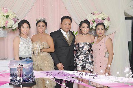 Y Phung hanh phuc ben chong trong dam cuoi lan 2 - Anh 8