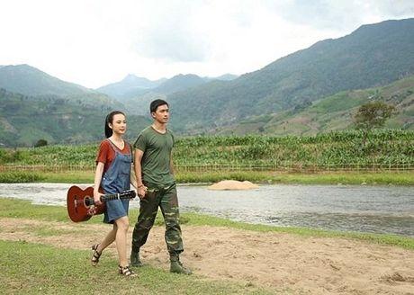 Bat ngo voi hinh anh moi cua Angela Phuong Trinh - Anh 4