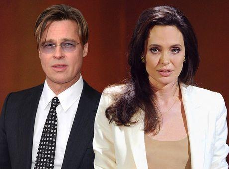 Angelina Jolie va Brad Pitt lien tuc ban nha sau khi chia tay - Anh 1