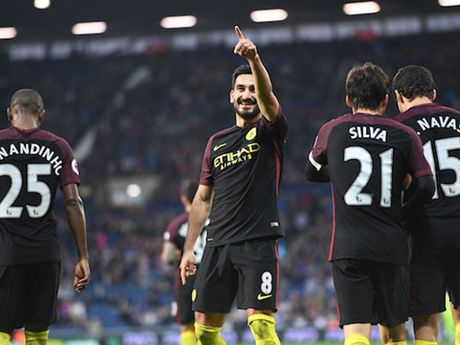 DIEM NHAN West Brom 0-4 Man City: Aguero hoi sinh, Guendogan ngay cang hay - Anh 2