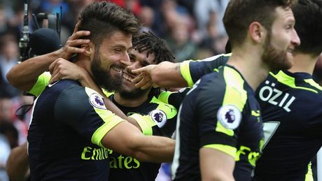 Toan canh chien thang huy diet cua Arsenal truoc Sunderland - Anh 10
