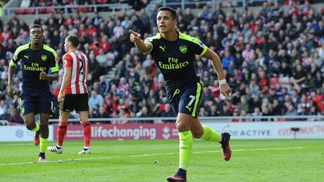 Toan canh chien thang huy diet cua Arsenal truoc Sunderland - Anh 4