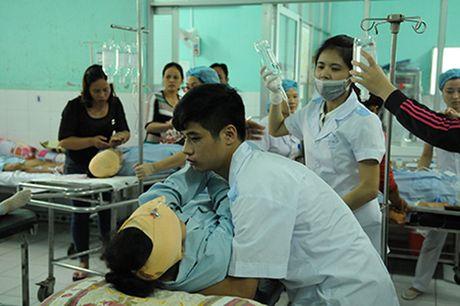 Hien truong vu no binh gas o Thai Binh khien nhieu nguoi thuong vong - Anh 7