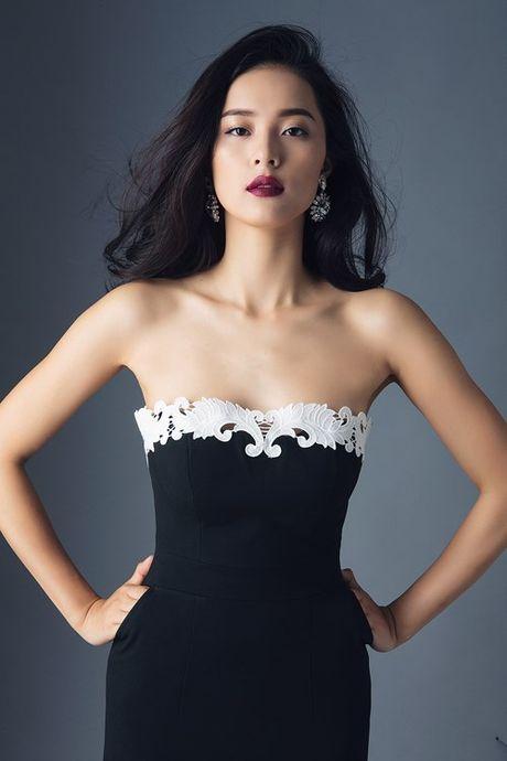 Nhung lan sexy hiem hoi 'chet nguoi' cua co Tam Ha Vi - Anh 2