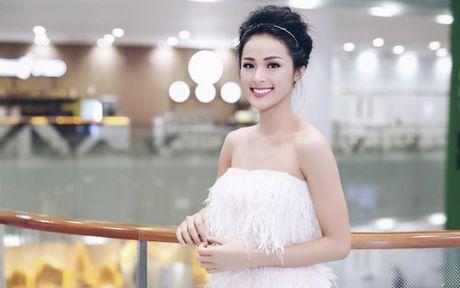 Nhung lan sexy hiem hoi 'chet nguoi' cua co Tam Ha Vi - Anh 6