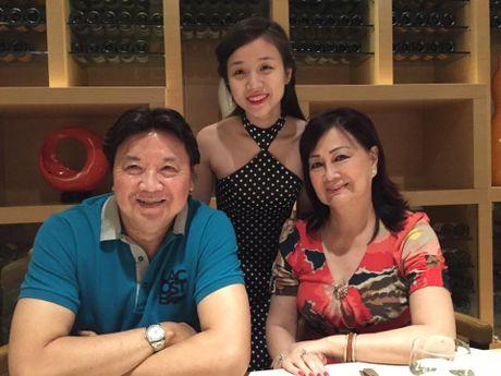 Con trai Hoai Linh 'gay bao' vi khoe ban gai xinh nhu mong - Anh 2