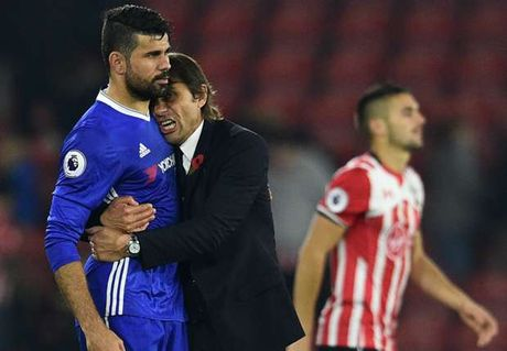 Chelsea thang hoa, Conte van khiem ton - Anh 1