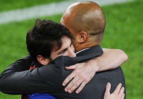 Messi 'vua dam, vua xoa' Man City cua Pep - Anh 1