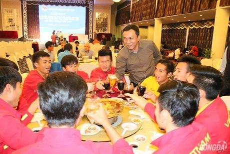 'So sanh U19 Viet Nam voi lua Cong Phuong la khong chuan' - Anh 3