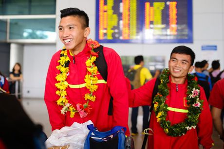 U19 Viet Nam duoc NHM don tiep nhu nguoi hung - Anh 5