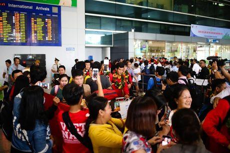 U19 Viet Nam duoc NHM don tiep nhu nguoi hung - Anh 6