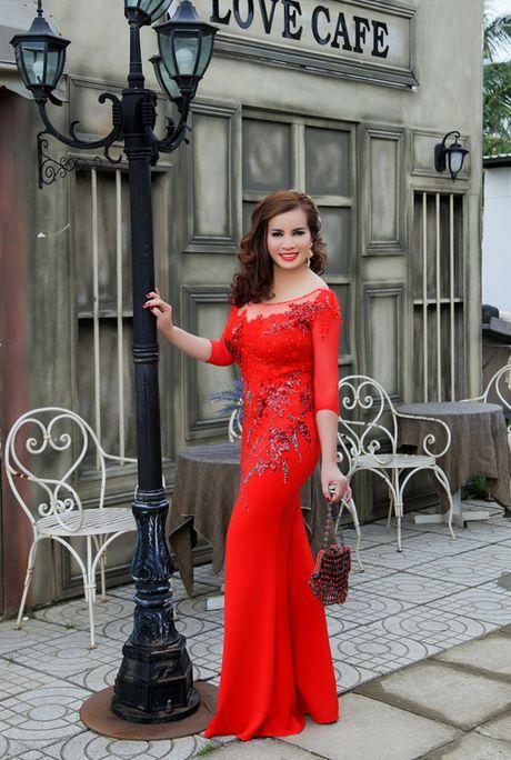 Hoa hau Quy ba Kim Hong cham thi Mrs World 2016 - Anh 2