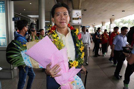'U.19 Viet Nam chuan bi World Cup tu nhung ngay con tren dat Bahrain' - Anh 1
