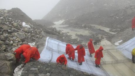 Nepal thao nuoc ho bang o do cao gan 5.000 m - Anh 3