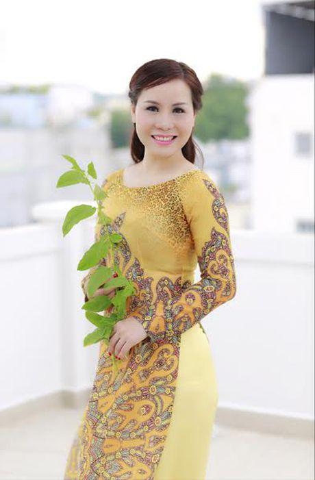 Nu hoang Kim Chi dep mong manh voi ao dai cach tan - Anh 6