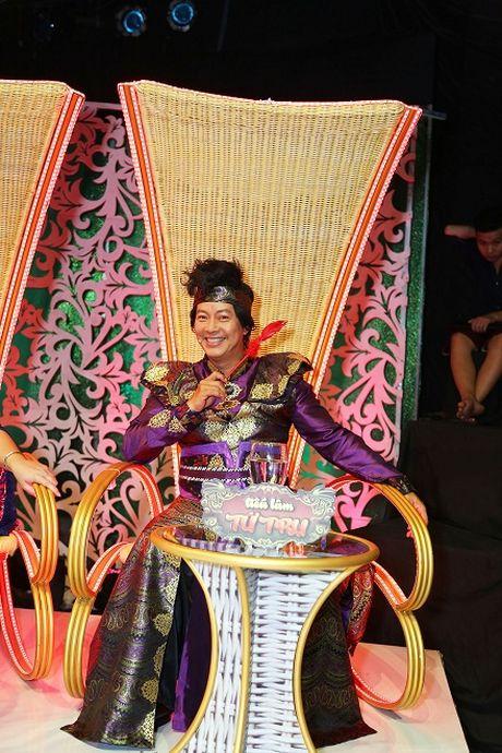 "Mac tinh ban 33 nam, Minh Nhi van ""chat chem"" Hong Van - Anh 6"